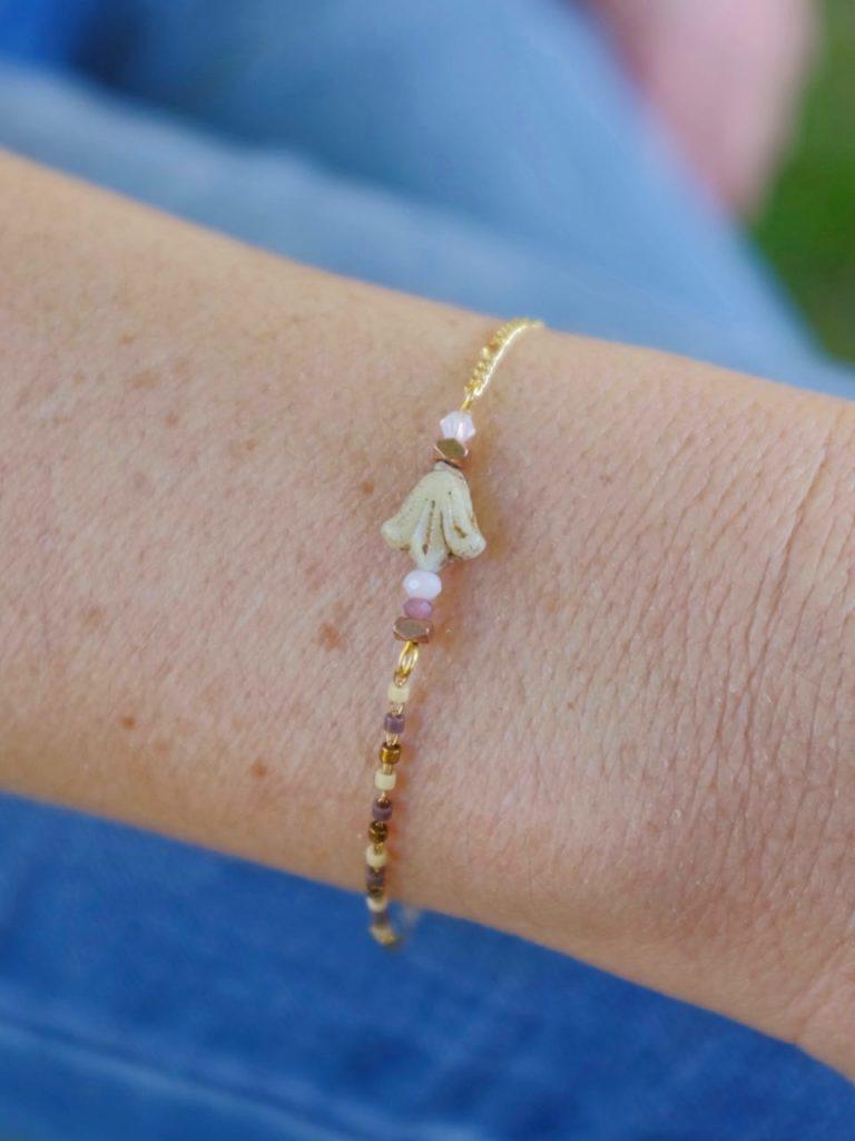 Lys blanc (Bracelet)